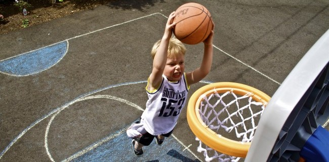 child sports basketball